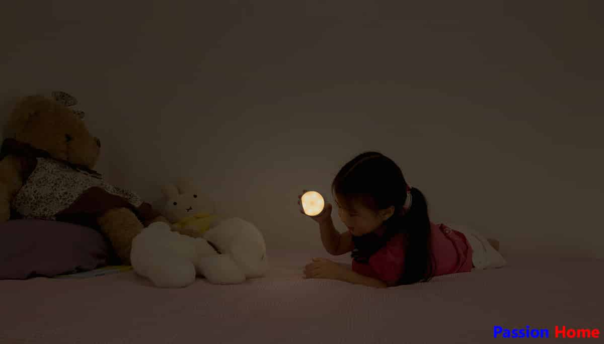 Yeelight Rechargeable Motion Sensor Nightlight Passion Home